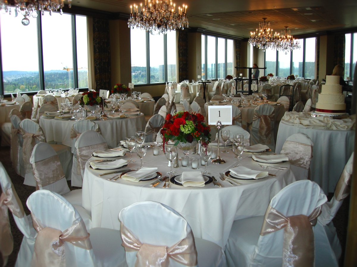 Harbor Club Bellevue Guest Tables After Seattle's Best Chair Covers